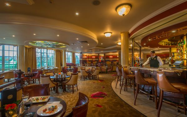 Restaurants in cavan dinner at the slieve russell hotel for Food bar russell